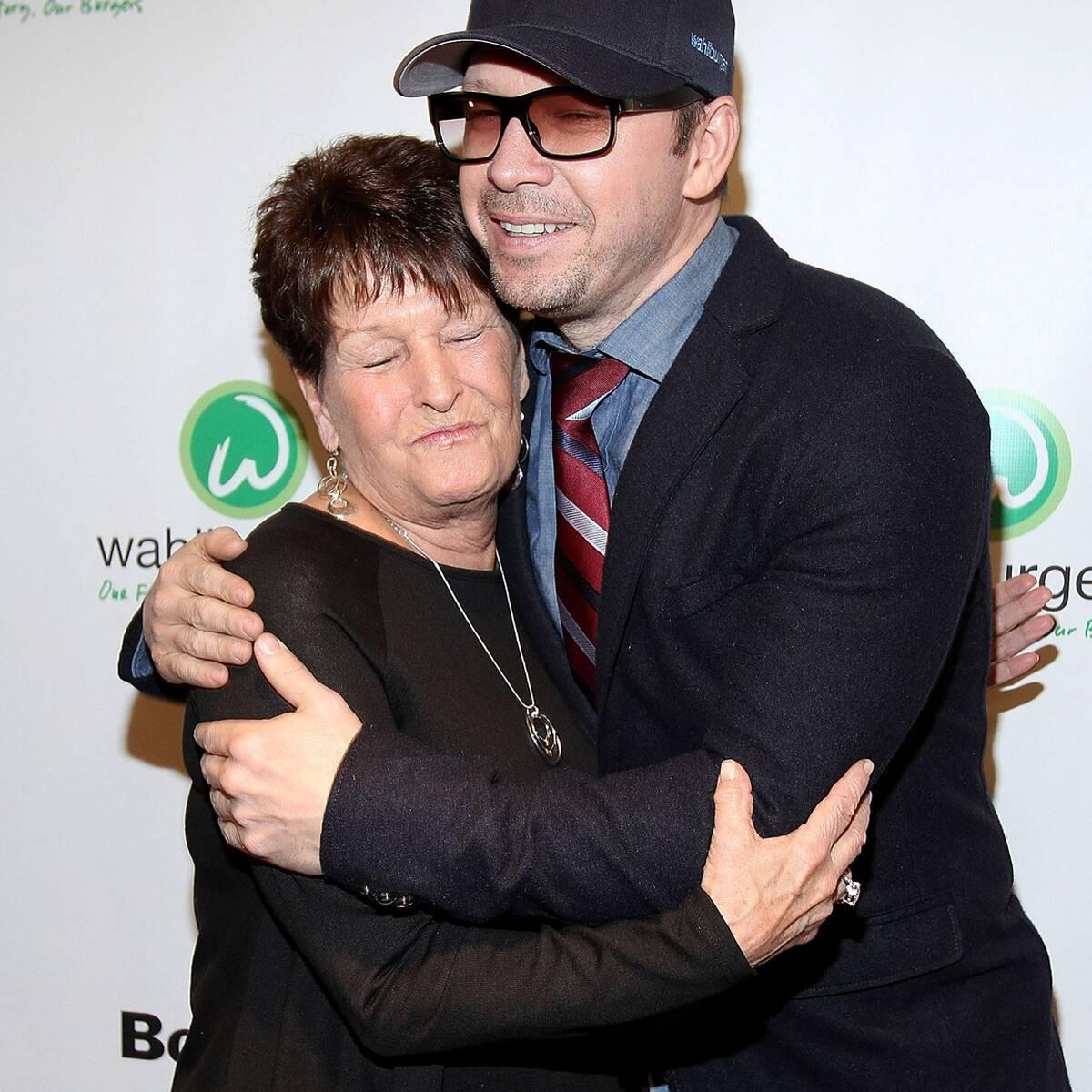 Mark Wahlberg And Donnie Wahlberg S Mother Alma Dead At 78
