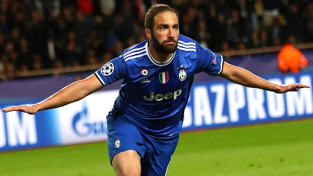 Higuain ends four-year knockout drought with Monaco double
