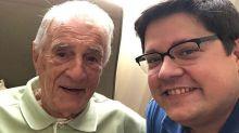 Orlando Drummond, o 'Seu Peru', é homenageado pelo neto ao completar 99 anos