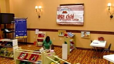 LPGA Moms Get Help From Traveling Day Care