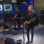"Saturday Sessions: Lindsey Buckingham performs ""Treason"""