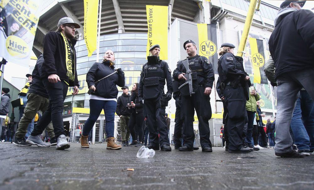 Medien: 100 Sonderermittler für Aufklärung von BVB-Anschlag im Einsatz