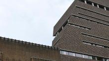 Enfant jeté de la Tate Modern: les nouvelles rassurantes de la victime