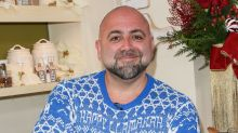 Food Network Star Duff Goldman Marries Girlfriend Johnna Colbry While Surrounded by Dinosaurs