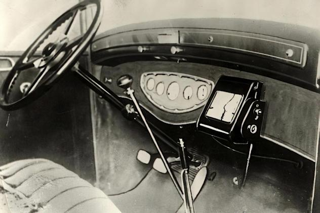 The automated in-car navigator that predated satellites