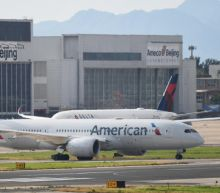 China de-escalates airline spat with US