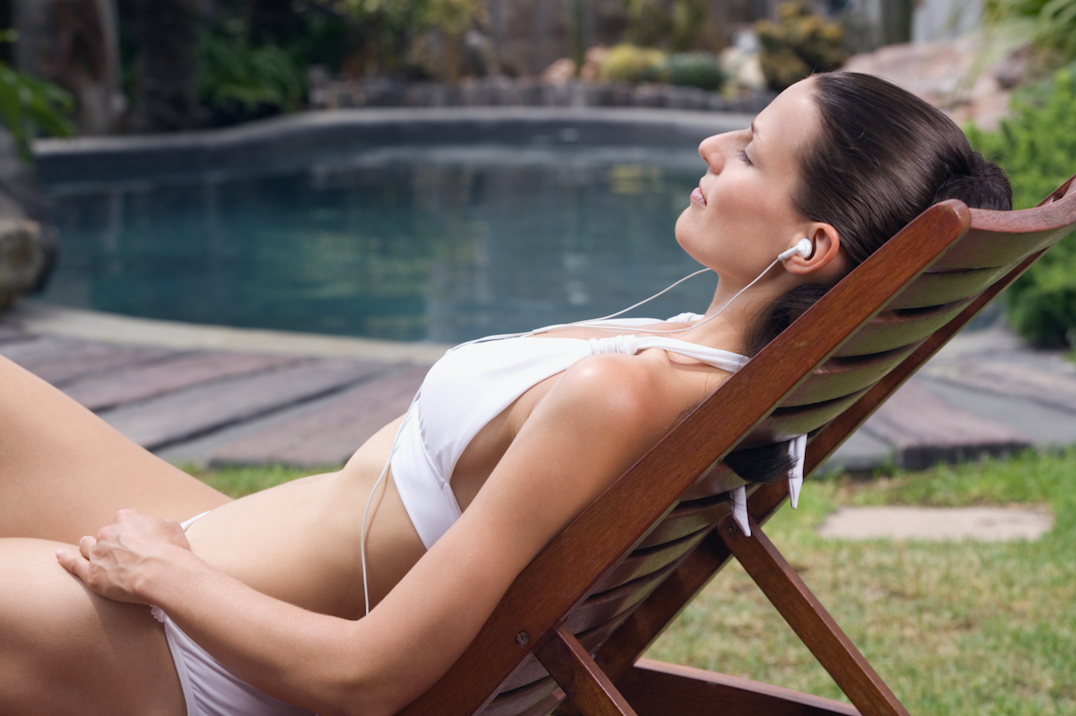 Can you sunbathe naked in your garden during the heatwave