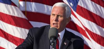 Top Pence advisers test positive for virus