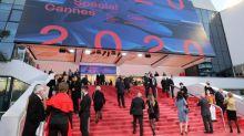 Montée des marches et tapis rouge malgré tout, au coup d'envoi de l'édition symbolique du festival de Cannes 2020