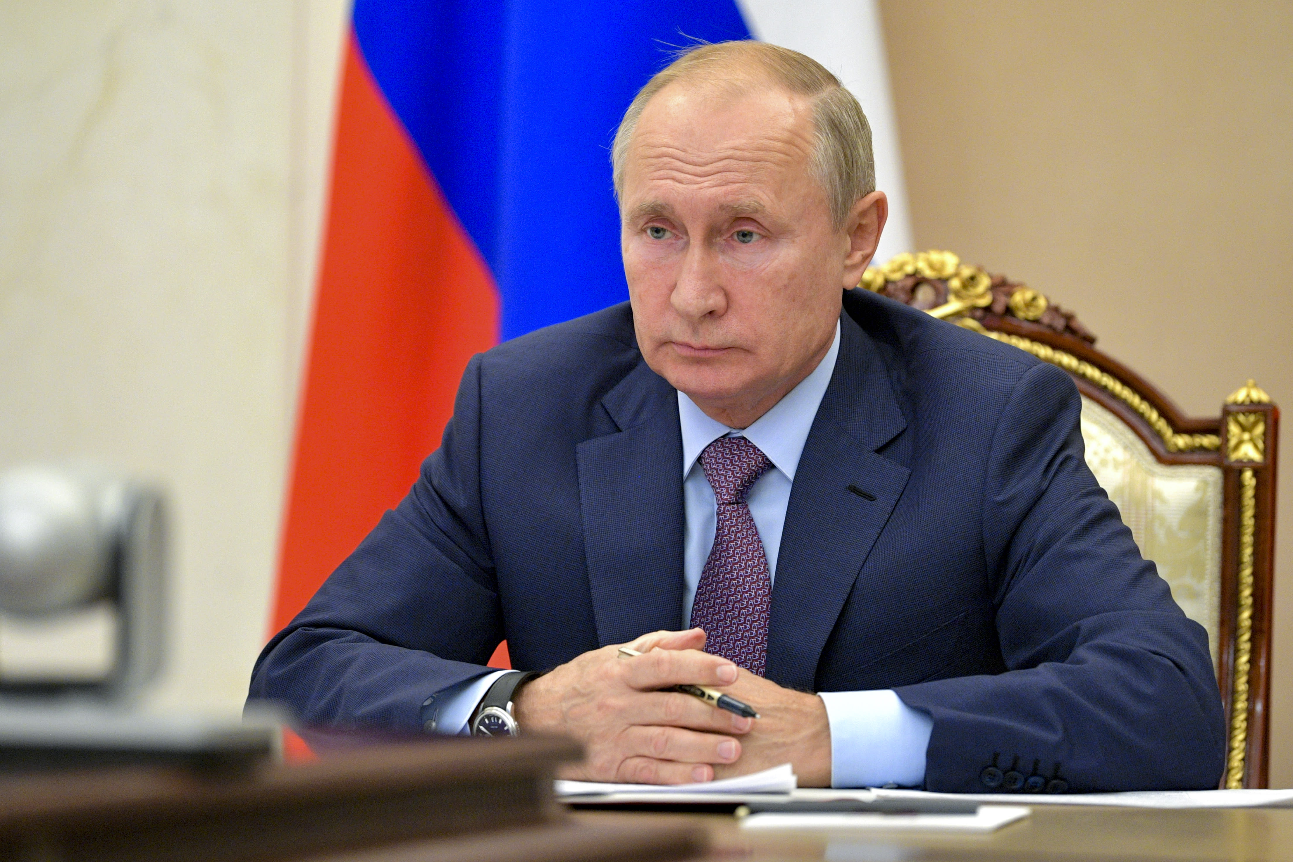 Putin proposes yearlong extension of nuclear pact with US