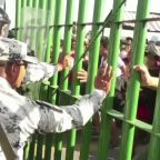 Migrants, security forces clash at Guatemala-Mexico border