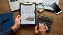 Is Dun and Bradstreet Holdings (DNB) A Good Investment Choice?