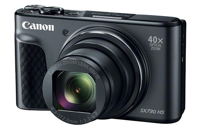 Canon's latest point-and-shoot helps you take solid selfies