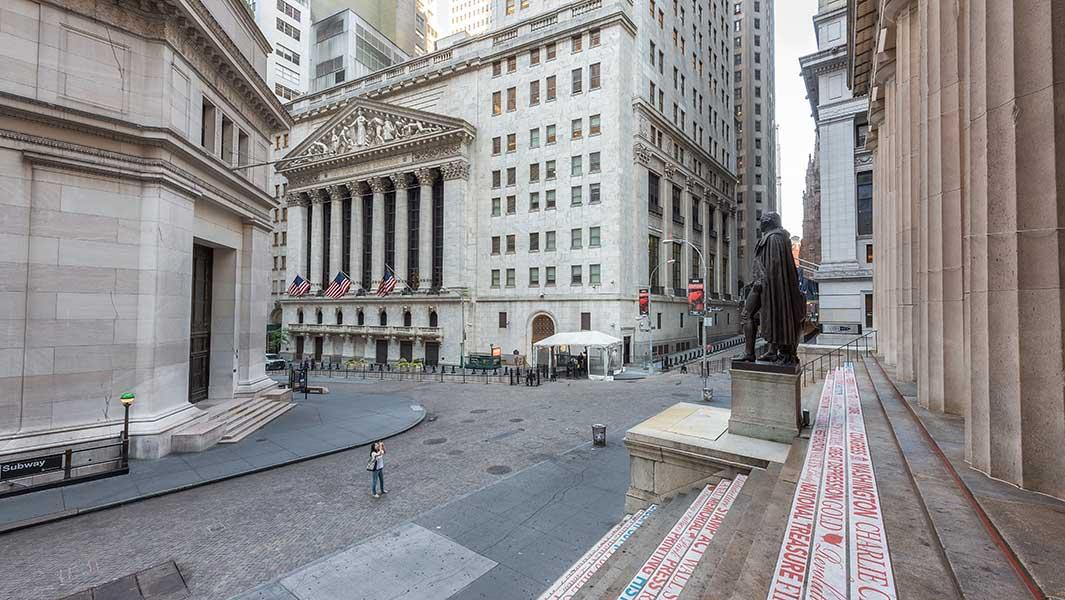 News post image: U.S. Stocks Hit Hard For Second Straight Session; Dow Jones Leader Closes In On Key Support Level