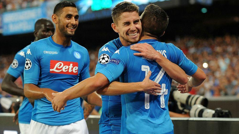 Napoli, contro il Verona parte la sfida alla Juventus: turnover per Sarri