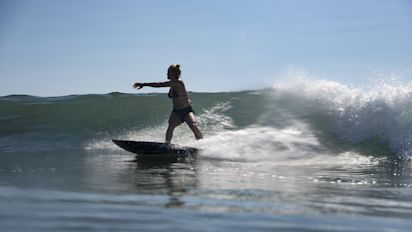 Storm threat is music to ears of Olympic surfers