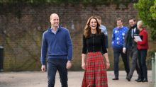 Kate Middleton brings back this '90s skirt trend for the holidays: Shop it starting at $10
