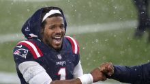 Cam Newton reportedly among Patriots at voluntary workouts after players share COVID concerns