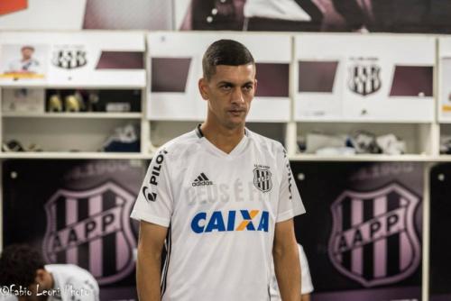 Por decisão da justiça, contrato de Fernandinho com a Ponte é rescindido
