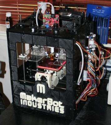 MakerBot prints another MakerBot, the circle is complete