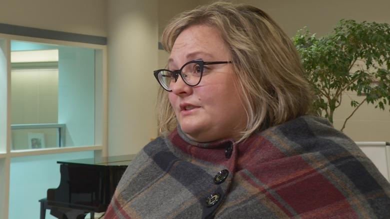 AUPE warns of health-care layoffs, minister says no cuts ...