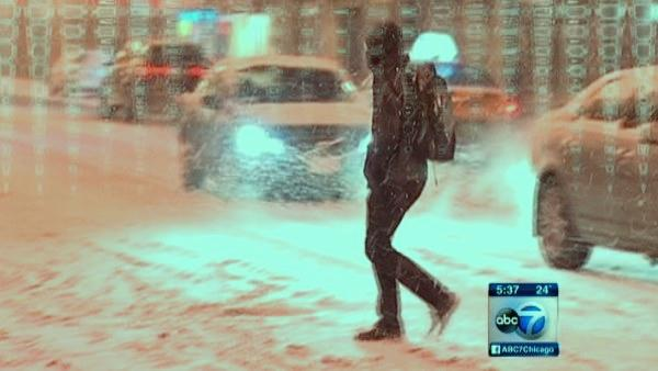 Snow piles up in Chicago neighborhoods