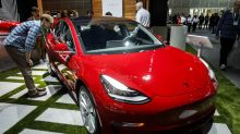 Tesla Gets Panasonic's Help With Ahead-of-Schedule Battery Plant