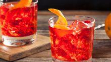 Negroni, la historia de esta bebida, con apenas 100 años, que Stanley Tucci viralizó