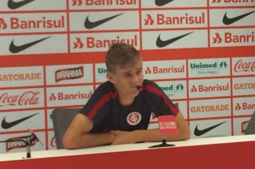Charles admite preocupação com campanha do Inter no Gauchão