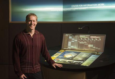 Microsoft shows off DigiDesk workstation of the future