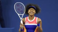 The Latest: Azarenka easily takes 1st set in U.S. Open final