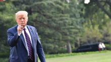 Trump envía mensajes contradictorios sobre la pandemia y se presenta como una víctima