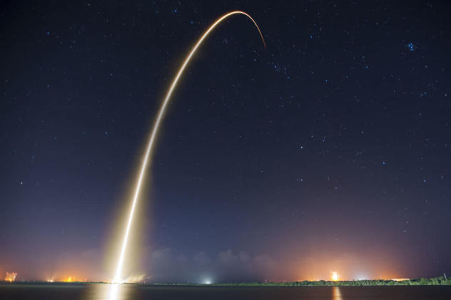 The Big Picture: A Dragon heads to the International Space Station