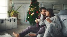 New dating trend 'snowmanning' is when a festive fling melts away over Christmas