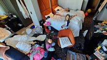 'Everything's going great': Dad's hilarious photo from hotel quarantine