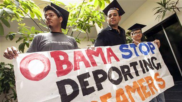 Obama administration to offer immunity to younger immigrants