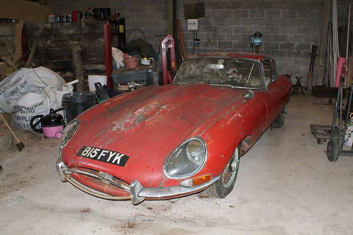 Barn Find Jaguar E Type 1ia