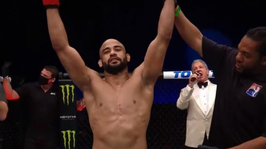 Brasileiro 'se empolga' ao desafiar lutador no UFC: 'Não uso drogas e você é maconheiro'