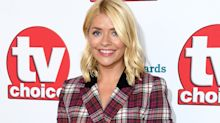 Check her out: Holly Willoughby's gingham dress on 'This Morning' is all the summer outfit inspo we need