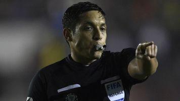 Qué árbitros estarán a cargo del VAR en Liga de Quito - Boca