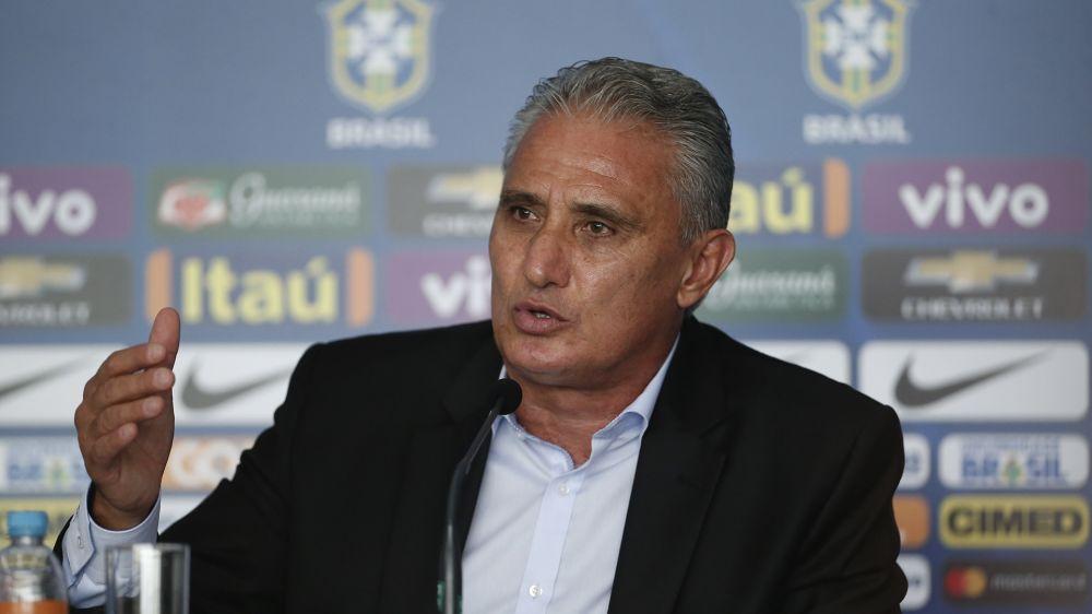 Tite dá mais uma demonstração de que é um ponto fora da curva ao brigar por melhorias no futebol brasileiro