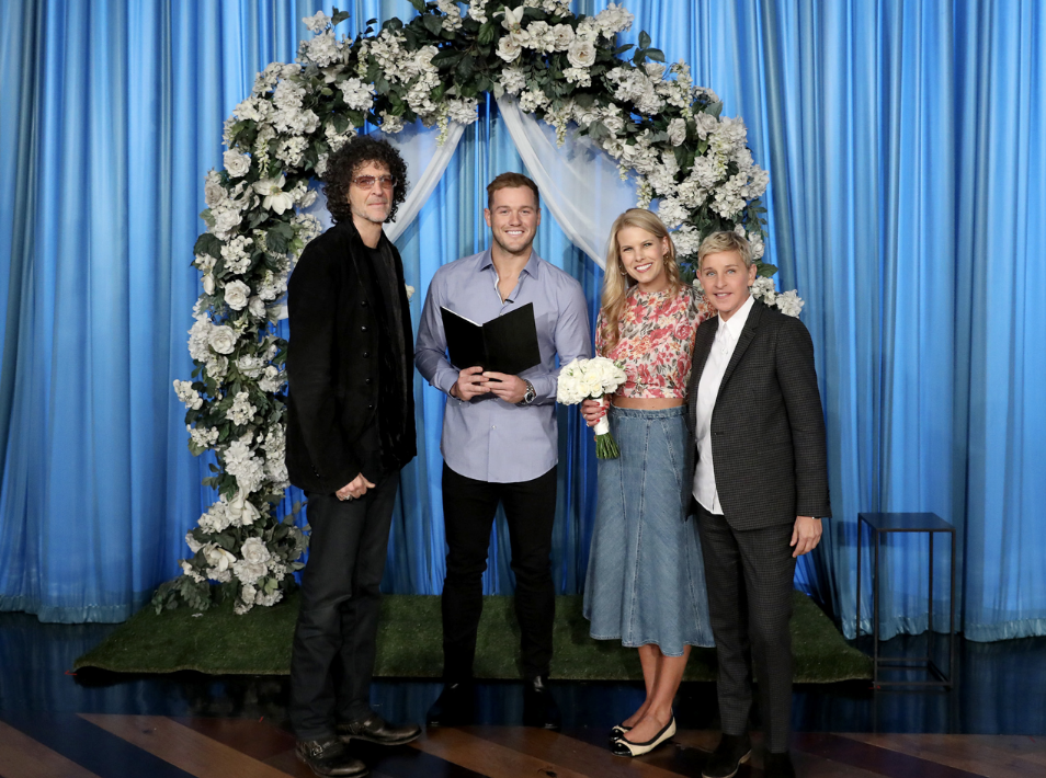 Howard Stern and wife Beth renew their vows during surprise wedding on 'Ellen'