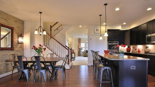 Luxurious 2-level condos at Wentworth Green