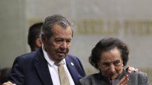 Inicia el desempate para elegir al presidente del partido de López Obrador