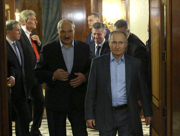 Belarus Leader Decries Russia's 'Hints' at Merger for Cheap Oil