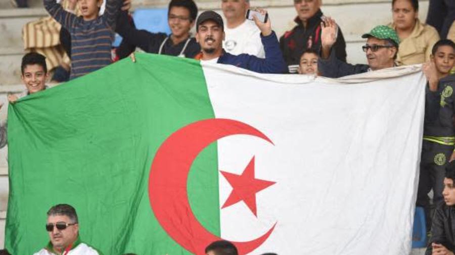 Foot - Coronavirus - ALG - Des ultras d'un club algérien se mobilisent contre la crise du coronavirus