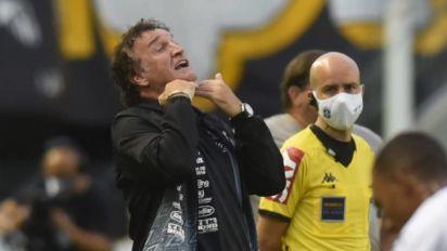 Perto do Atlético-MG, Cuca volta a sofrer rejeição de torcedores por acusação de assédio sexual