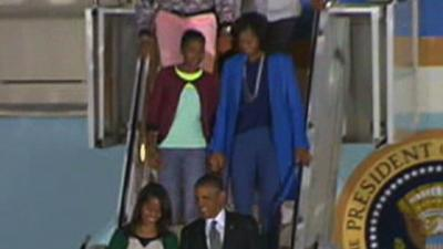 Obama Family Arrives in South Africa