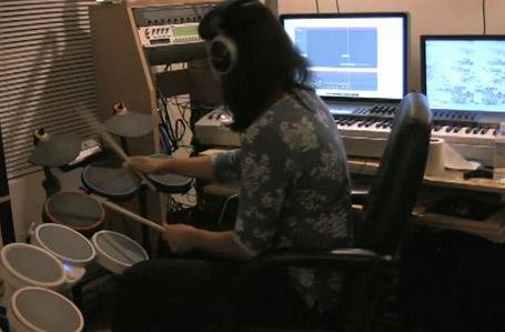 Guitar Hero and Rock Band drums combine for ultimate MIDI kit (video)