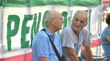 Manovra, governo apre a mini-rivalutazioni pensioni per assegni fino a 2000 euro